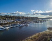 100  Garvies Point Rd Road, Glen Cove image
