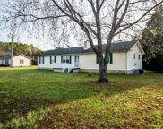 2833 Gideon Rd, Greenbrier image