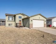 4000 W 92nd St, Sioux Falls image