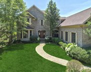 835 Wagner Court, Glenview image