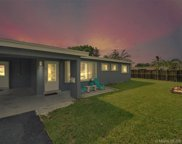 231 Sw 64th Way, Pembroke Pines image