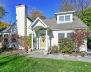 720 Highview Terrace, Lake Forest image