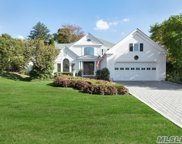 9 Meadow Ln, Manhasset image