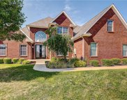 2846 Bluebell W Court, Columbus image