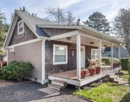 2704 Sw Beach Ave, Lincoln City image