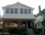 924 Helmsdale  Road, Cleveland Heights image