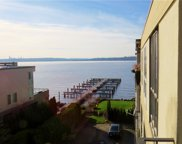 6401 Lake Washington Blvd NE Unit 402, Kirkland image