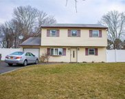 653  Bellport Avenue, Bellport image