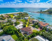 136 Lighthouse Drive, Jupiter Inlet Colony image