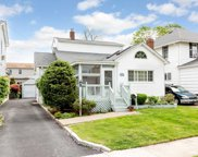 2754 Clarendon Ave, Bellmore image