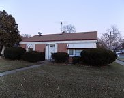 2445 South 17Th Avenue, Broadview image