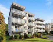 1342 Hillside  Ave Unit #408, Victoria image