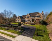 8112 SPRING HILL FARM DRIVE, McLean image