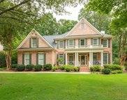 2730 Hampton Glen  Court, Matthews image