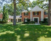 933 Forest Hill Road, Lake Forest image
