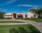 1109 Hunt Club Lane, Valrico image