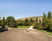 726 S Woodmoor Cir, Bountiful image