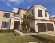 5716 Ashwood Cir, Fort Lauderdale image