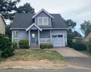1049 12th St Sw, Lincoln City image