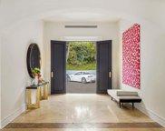 419  Robert Ln, Beverly Hills image