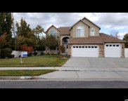 10255 S Spruce Leaf Dr W, South Jordan image