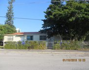 435 Nw 34th St, Miami image