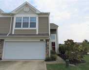8521 Roxbury  Court, Olmsted Township image
