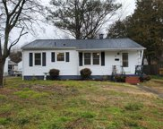 31 Hickory Hill Road, Hampton Mercury South image