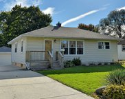 2202 Rohlwing Road, Rolling Meadows image