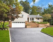 25 Mimosa  Drive, East Hills image