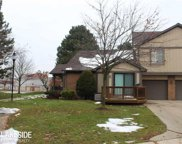 105 MEADOW LANE CIRCLE, Rochester Hills image