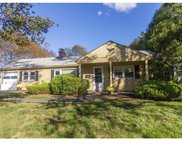 13 Wethersfield Rd, Natick image