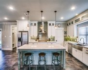 2711 Mount View Drive, Farmers Branch image