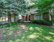 2490 W SQUARE LAKE, West Bloomfield Twp image