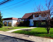 2541 Mickley, Whitehall Township image