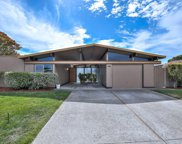 225 Loon Ct, Foster City image