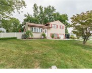 6 Pineview Avenue, Berlin Boro image