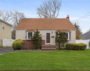 106  Commonwealth Avenue, Massapequa image