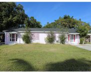 1915 / 1917 Llewellyn Dr, Fort Myers image