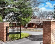 11 Terry Hill, Westwood image