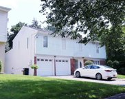 74 Lee  Avenue, Albertson image