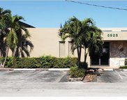 6925 Nw 42nd St, Miami image