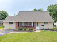 10 Barberry Lane, Levittown image