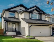 413 Douglas Glen Close Southeast, Calgary image