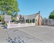 1382 Westmont Avenue, Campbell image