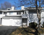 21  Lakeview Dr, Manorville image