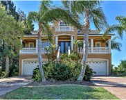 4432 Harborpointe Drive, Port Richey image