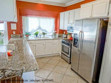 22805 Acacia Ct Santa Clarita CA 91390_kitchen