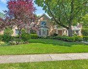 33 Knoll Ln, Roslyn Heights image