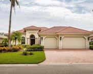 932 Glen Lake Cir, Naples image